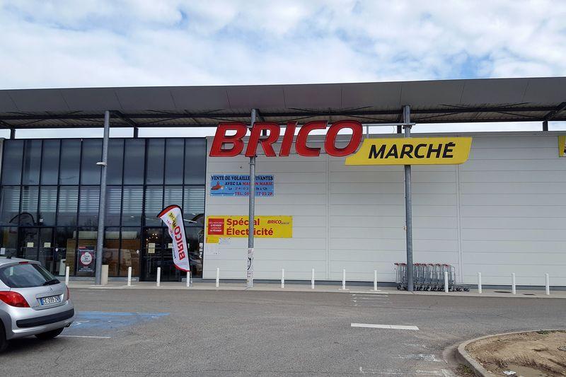 BRICOMARCHE ST MARTIN DE CRAU